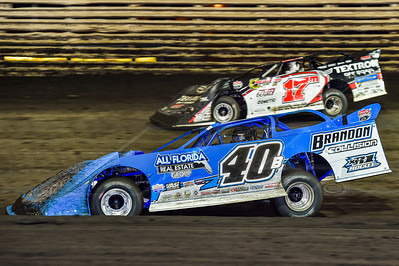 Kyle Bronson (40B) and Dale McDowell (17M)