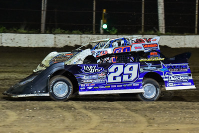 Spencer Dierks (29) and Boom Briggs (99B)