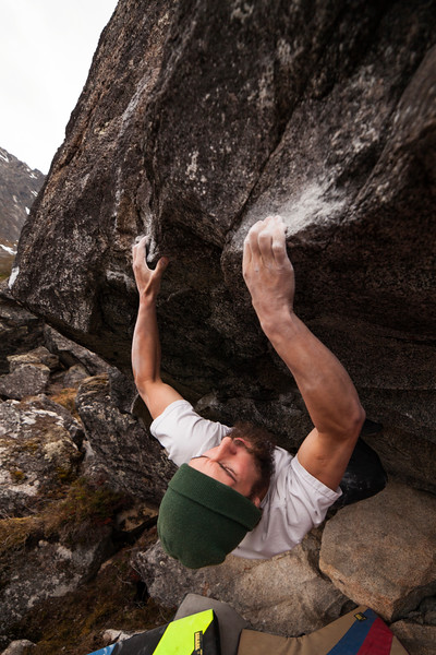 A slopey lip provides the crux for Keenan on this V8.