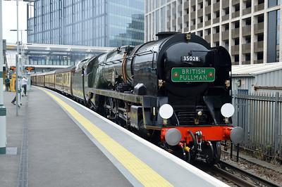 4-6-2 35028 'Clan Line' passes East Croydon 1531/1Y82 Victoria-Victoria circular.