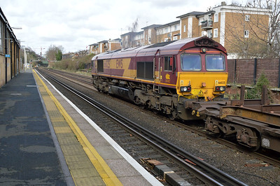 66025 1159/4E26 Dollands Moor-Scunthorpe passes Kensington Olympia