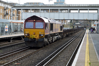 66025 1159/4E26 Dollands Moor-Scunthorpe passes Kensington Olympia.