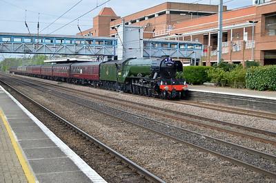 60103 'Flying Scotsman' 0806/1z72 Kings Cross-York passing Welwyn Garden City.