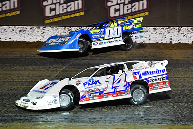 Darrell Lanigan (14) and Jesse Stovall (00)