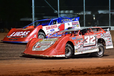 Bobby Pierce (32) and Earl Pearson, Jr. (1)