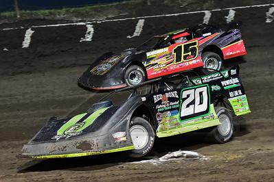 Jimmy Owens (20) and Kolby Vandenbergh (15)