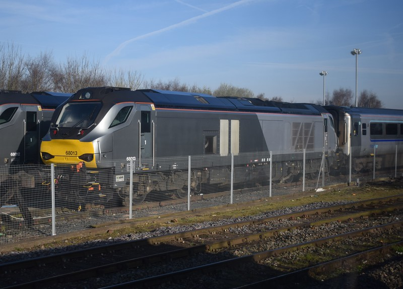 Chiltern Railways (DRS) Class 68 no. 68013 at Stourbridge Junction.