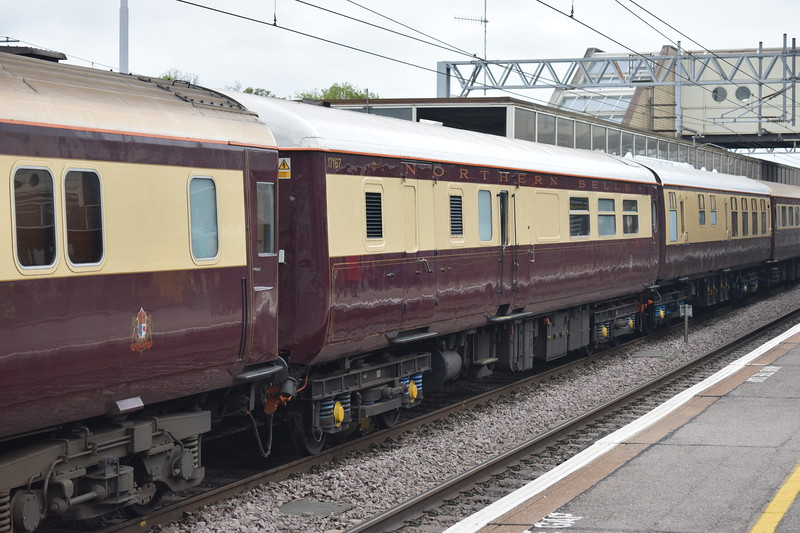 Northern Belle Mark II coaching stock at Milton Keynes Central.