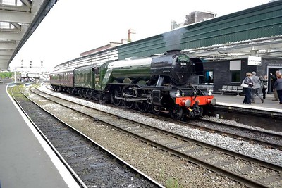 19 May 2017 :: LNER A3 Class 4-6-2 no 60103 Flying Scotsman is reversing through Shrewsbury and will form 1Z60, The Cathedrals Express from Shrewsbury to Cardiff