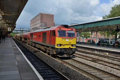 19 May 2017 :: Why 60091 was passing through Newport on the Up Relief rather than the Down Relief is unknown but unfortunately it meant the train was a little too near the camera than desired.. For the record it is 6B33 from Theale to Robeston