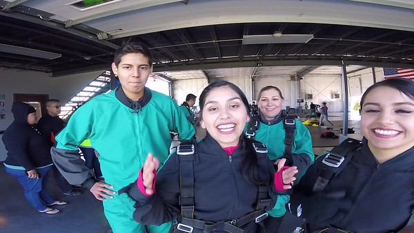 1137 Arylu Rivera Skydive at Chicagoland Skydiving Center 20170507 Leonard