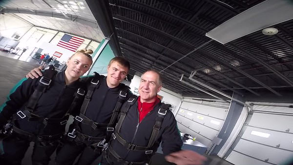 1750  Hailey Gregory Skydive at Chicagoland Skydiving Center 20170515 Chris Chris