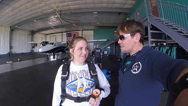 1619 Emily Nieland Skydive at Chicagoland Skydiving Center 20170531 Eric Eric