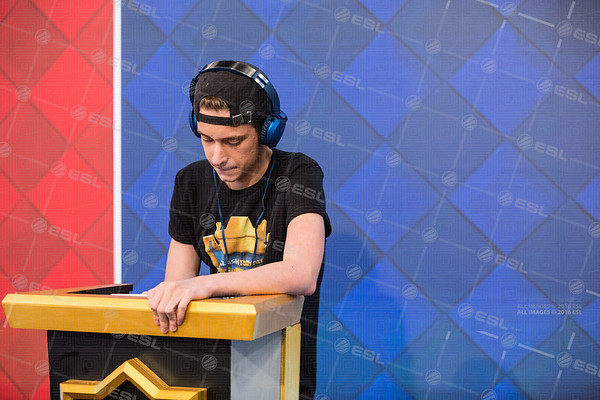 20170919_Steffie-Wunderl_Clash-Royale-Fall_01103