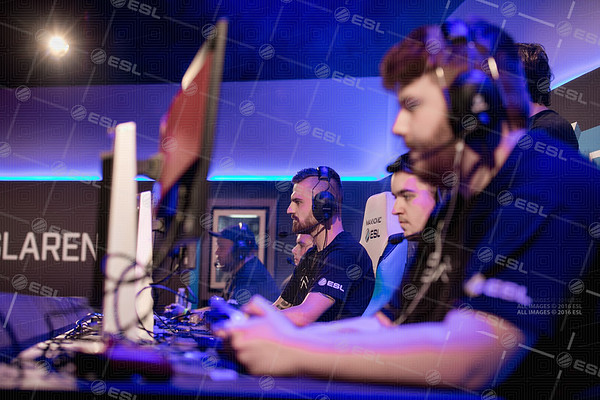 170922_Joe-Brady_ESL-Arena-at-EGX_0451
