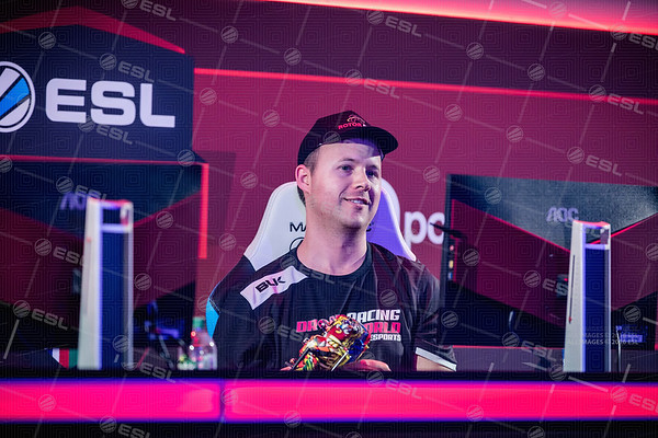 170924_Joe-Brady_ESL-Arena-at-EGX_0412