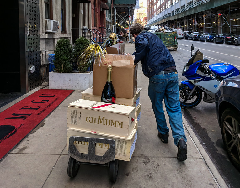 Champage delivery