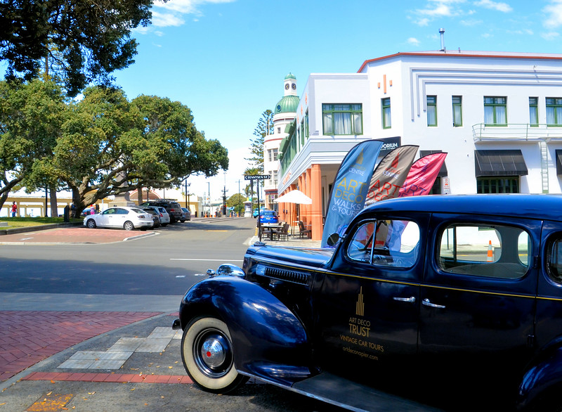 Car in front of the Art Deco Trust