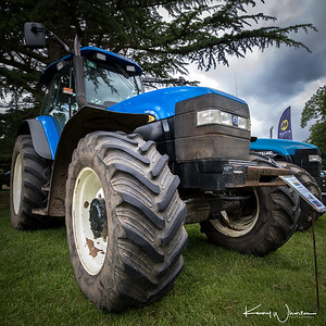 PN05 VUS New Holland TM140
