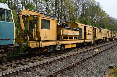 YZA Stone Blower DR80204 at Thuxton Sidings MNR.