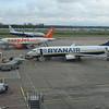 Ryanair Boeing 737-800 EI-FZG at London Luton Airport, 13.10.17.