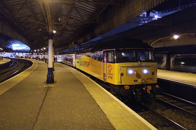 Colas Rail' s 47749 is pictured at Aberdeen prior to departing with 1B16 2143 to Edinburgh Waverley (24/10/2017)