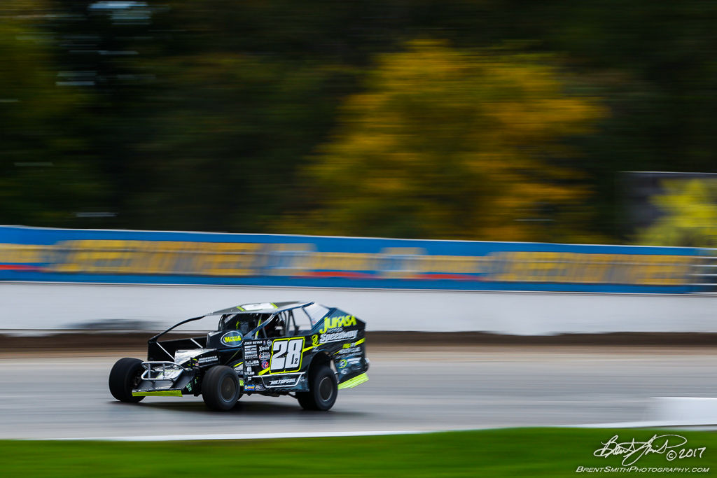 Great Outdoors RV 150 - NAPA Auto Parts Super DIRT Week XLVI - Oswego Speedway - 28z Gary Lindberg