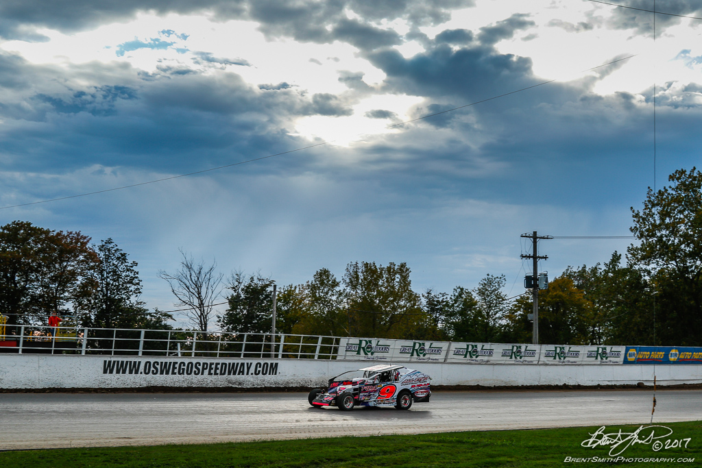 Great Outdoors RV 150 - NAPA Auto Parts Super DIRT Week XLVI - Oswego Speedway - 9 Billy Dunn