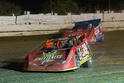 Tim McCreadie (39) and Earl Pearson, Jr. (1)