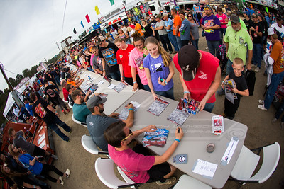LOLMDS autograph session