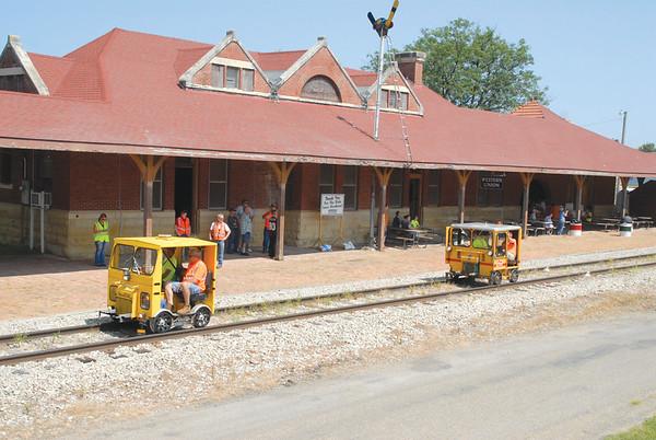 Rail cars visit Vinton Depot