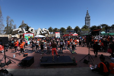 #RallyHealthFest SF working my camera  w/ @KevinHart4real