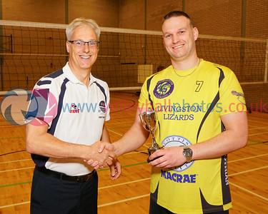 Scottish Volleyball Association Men's SVL2 Trophy Presentation, Sat 29th Apr 2017, Queensferry HS.. Simon Coleman (SVA), Alex Doinikovs (Livingston Lizards).  © Michael McConville  http://www.volleyballphotos.co.uk/2017/SCO/League/20170429-presentations