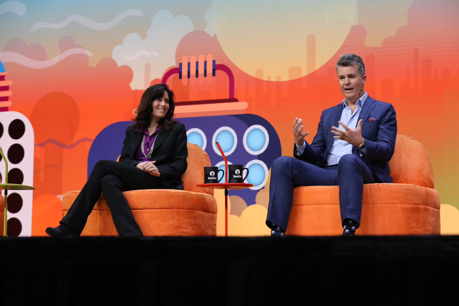 Navigating Your Career in the SaaS World: A Primer Bill Binch MANAGING DIRECTOR, AUSTRALIA/NEW ZEALAND / MARKETO  Lesley Young GLOBAL SVP SALES / BOX Marc Huffman SVP, NETSUITE GLOBAL BUSINESS UNIT / ORACLE Jeff Serlin VP SALES OPERATIONS & STRATEGY / CAMPAIGN MONITOR