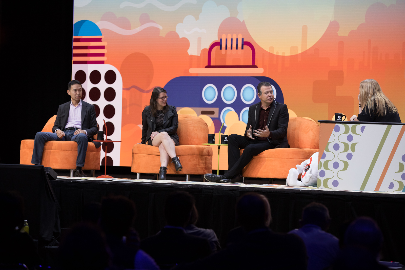The Salesforce MBA: What We Learned Leyla Seka EVP APPEXCHANGE / SALESFORCE  George Hu FORMER COO / SALESFORCE  Cathy Polinsky CTO / STITCH FIX Tod Nielsen PRESIDENT & CEO / FINANCIALFORCE