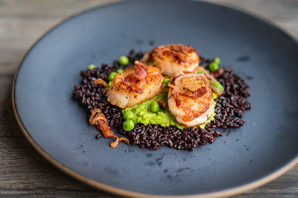 Scallops on Forbidden and Pea Puree