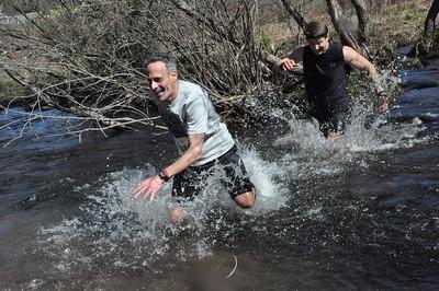 Splashdown runners (photo by Bram Wegener)