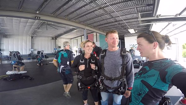 1506 Clint Broemer Skydive at Chicagoland Skydiving Center 20170909 Jo Jo