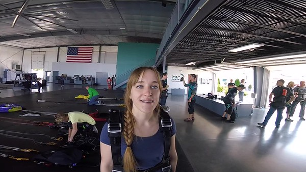 1356 Monika Venckausk Skydive at Chicagoland Skydiving Center 20170910 Len Len