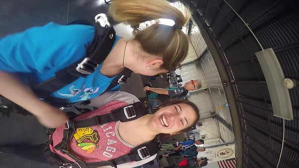 1215 Brittney Velesov Skydive at Chicagoland Skydiving Center 20170917 Codu Cody