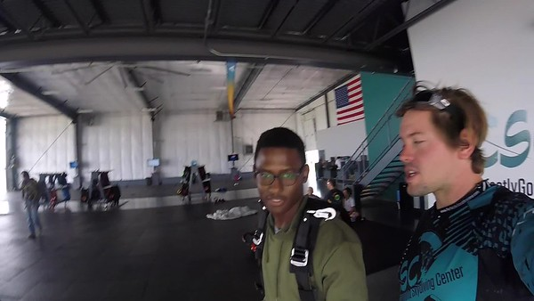1039 Njabulo Nzima Skydive at Chicagoland Skydiving Center 20170917 Eric Eric