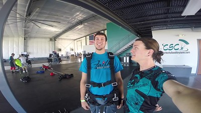 1055 Ian Husemann Skydive at Chicagoland Skydiving Center 20170924 Jo Jo