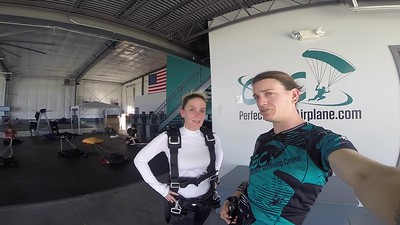 1436 Mackenzie Chapman Skydive at Chicagoland Skydiving Center 20170924 Jo Jo