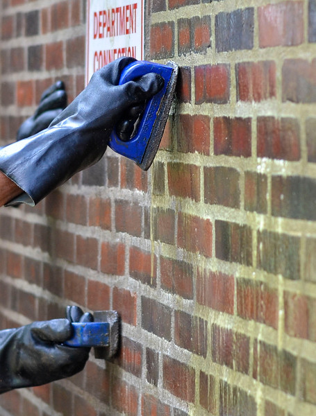 MET 082817 Brick Scraping