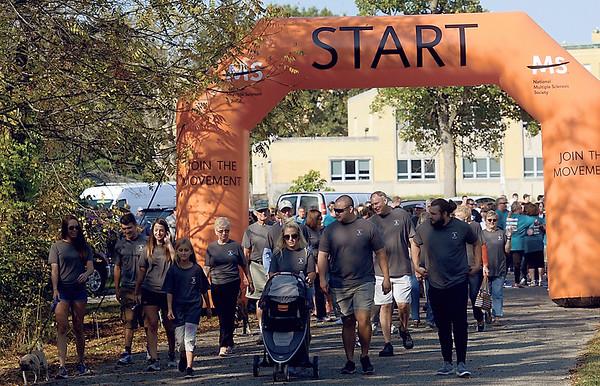 MET 091617 MS WALK START