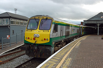 217 is pictured on arrival at Cork later that afternoon with the 1600 ex-Dublin Heuston (07/09/2017)