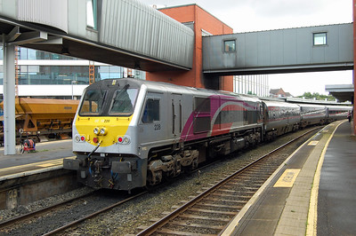 Later that afternoon 228 is pictured again at Belfast Central before returning back south with the 1805 to Dublin Connolly (08/09/2017)