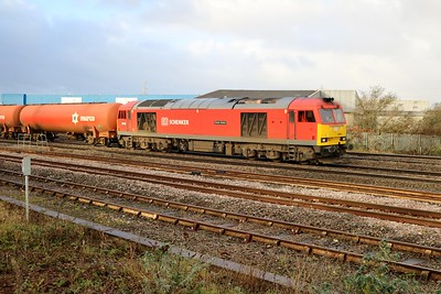 60039 0950/6B13 Roberston-Westerleigh passes Cardiff Splott Jct    29/12/17
