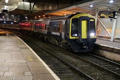 158887 awaits departure from Newport   28/12/17