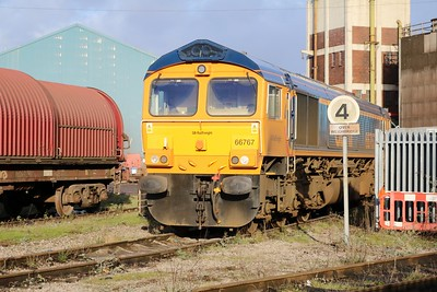 66767 sits at Cardiff Celsa     29/12/17